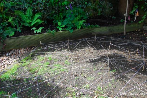 lawn modern art