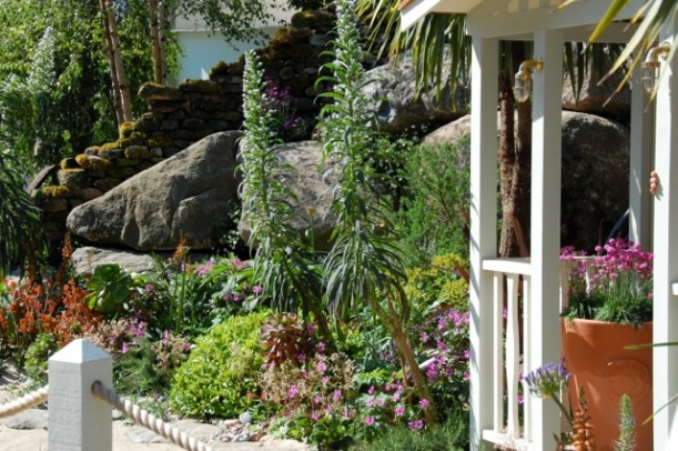 chelsea alan titchmarsh garden